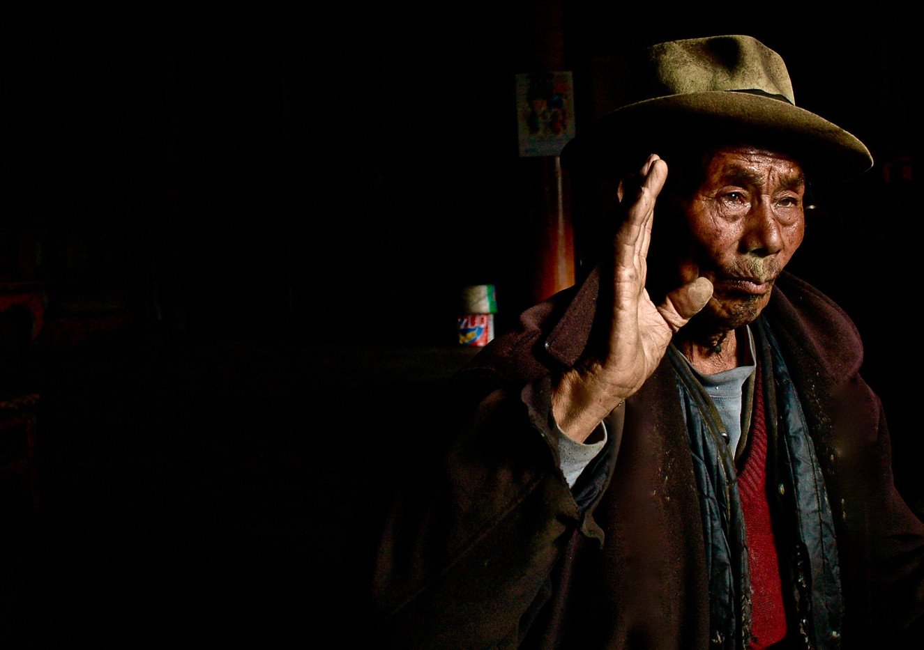The Discussion - Gyalthang (Shangrila), Yunnan