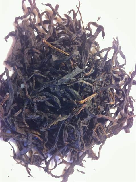 Powerful, dark, and almost risky, the Ru Gui is a tea that needs a delicate touch, otherwise it can assault the palate