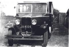John Bygrave vehicle 1934.jpg