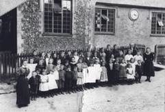 Wallington School – taken about 1895.jpg