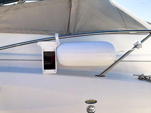 Automatic Boat Fender-web-0002-2.jpg