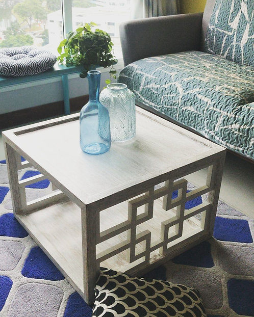 MoMo Table