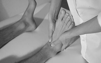 Laryn Osteopathy Queenstown Joint mobilization ankle spran ligaments