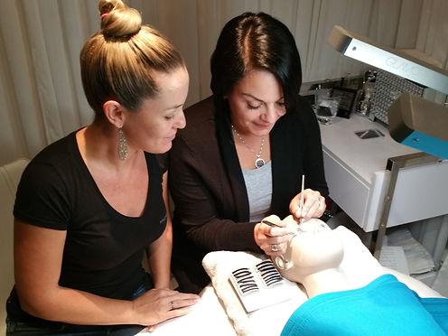 Private Eyelash Extension training courses by Master Eyelash Stylist