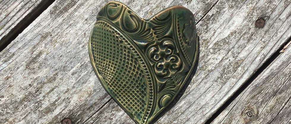 Susan Wheeler Large Wall Pocket Heart #8