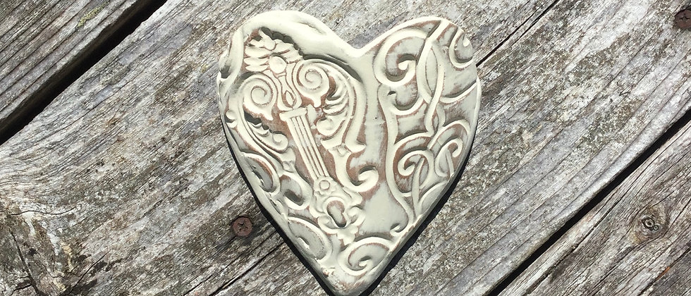 Susan Wheeler Large Wall Pocket Heart #13