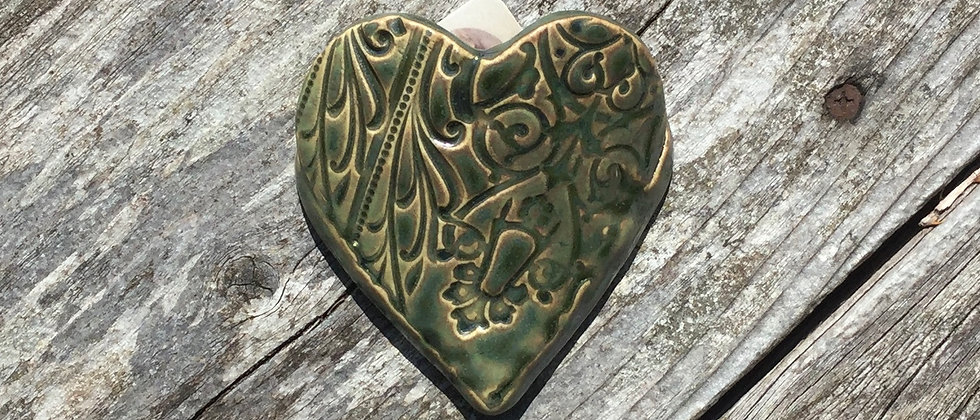 Susan Wheeler Small Wall Pocket Heart #22