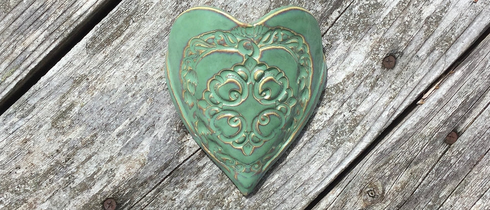 Susan Wheeler Large Wall Pocket Heart #16