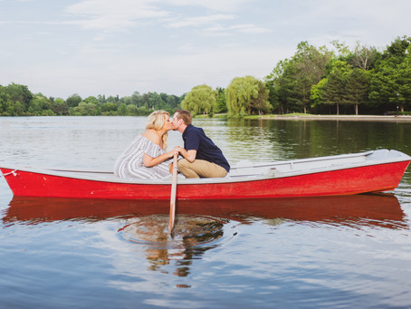 Rowboat Engagement Shoot @ Hoyt Lake in Delaware Park