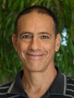 Dr. Daniel Messinger