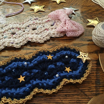 Crochet Headdress details: bows & stars