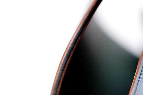Eyeglass case (HORWEEN horsehide in gradational green color)