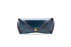 Hand-dyed top grade vegetable tanned leather eyeglasses case