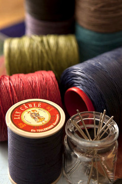 Hand sewing threads