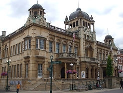 Ilford_Redbridge_Town_Hall.jpg
