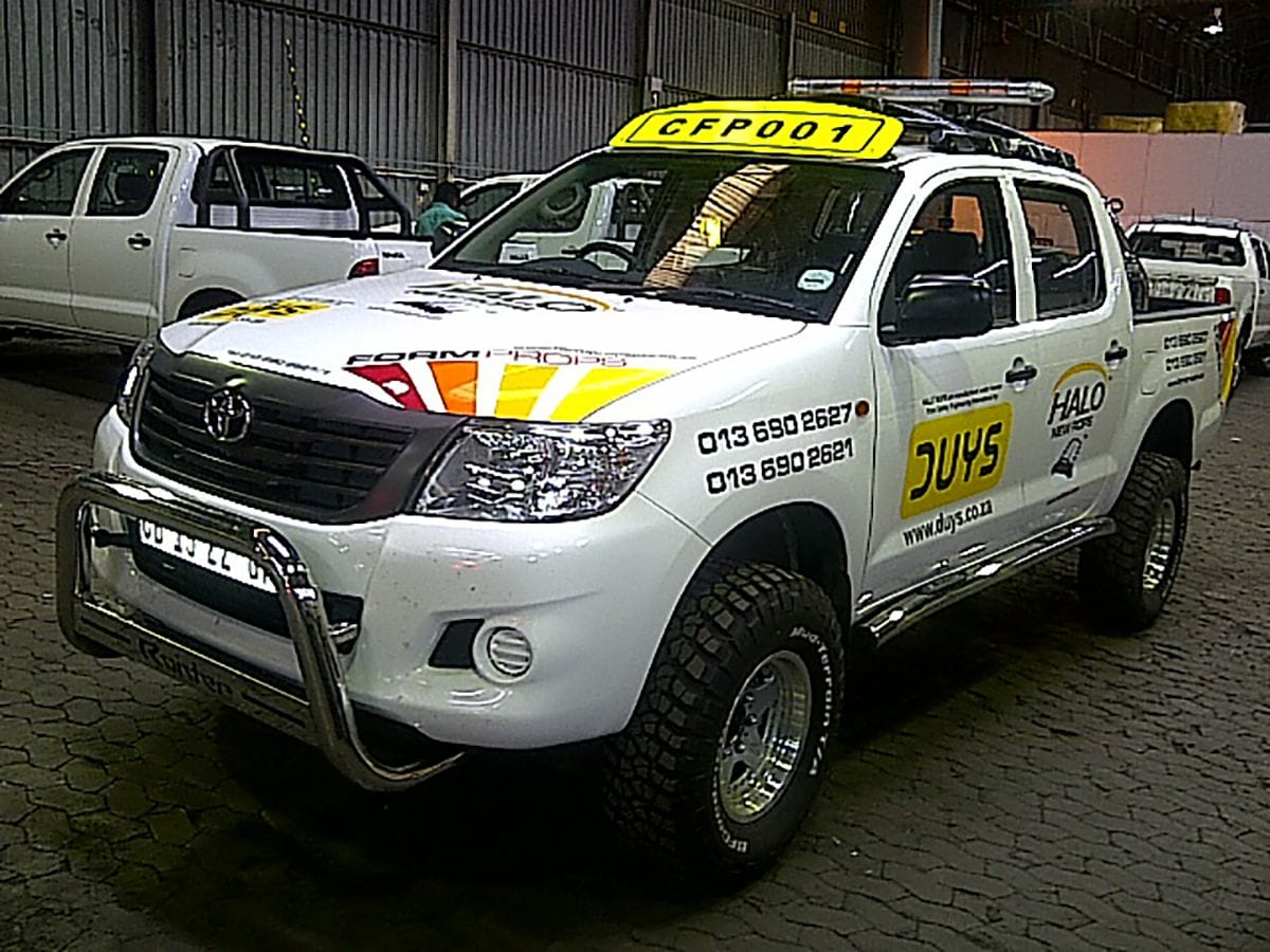 Formprops Toyota Hilux HALO ROPS
