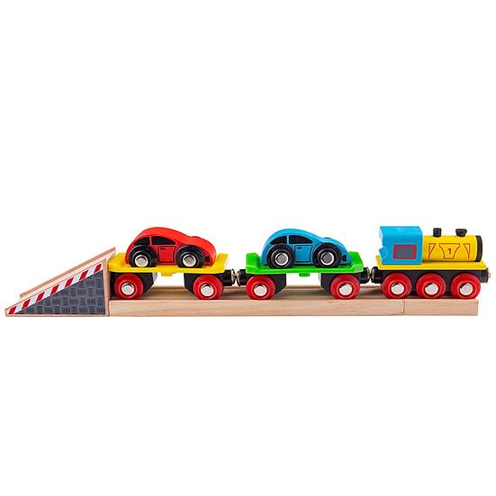 Train de transport de voitures avec rampe
