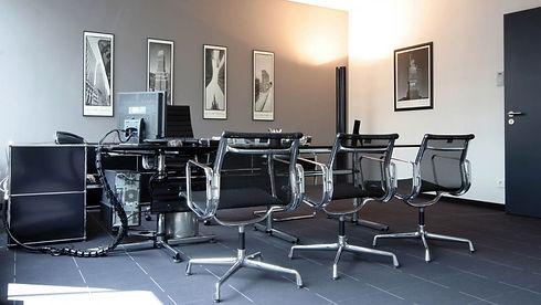 meetingroom 1.jpg