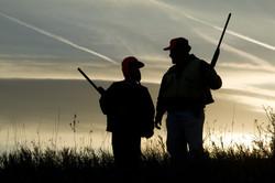 Figlio padre a caccia