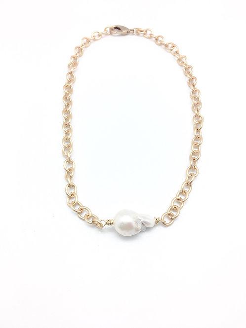 Malin Short Necklace