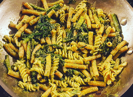 15 min Lentil Pasta with Veggies and Pesto (SCD, GF, DF, Soy free, Nut free)