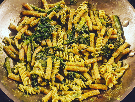15 min Lentil Pasta with Veggies and Pesto (SCD, GF, DF, Soy free, Nut free)
