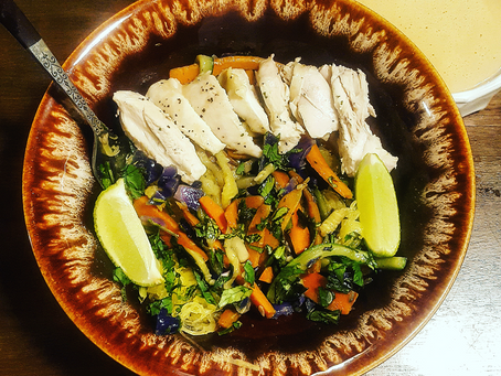 Paleo Chicken Pad-Thai! (Whole 30, SCD, Low-fodmap option, vegan option)