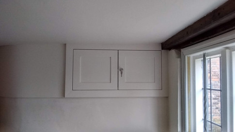 Fitted cupboard, Bucks farmhouse