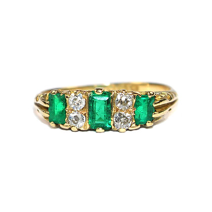 EDWARDIAN EMERALD DIAMOND RING