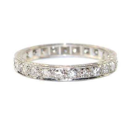 ANTIQUE DIAMOND ETERNITY RING