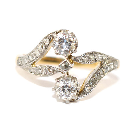 Art Deco French toi et moi diamond ring