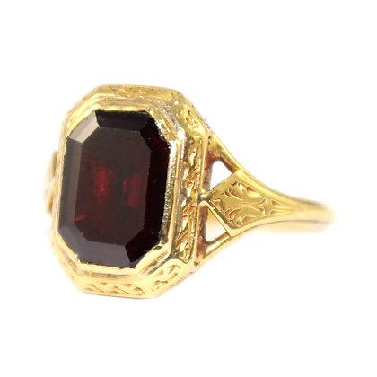 Georgian Garnet Ring c.1810