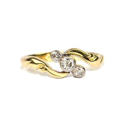 Edwardian Diamond 3 Stone Twist Ring