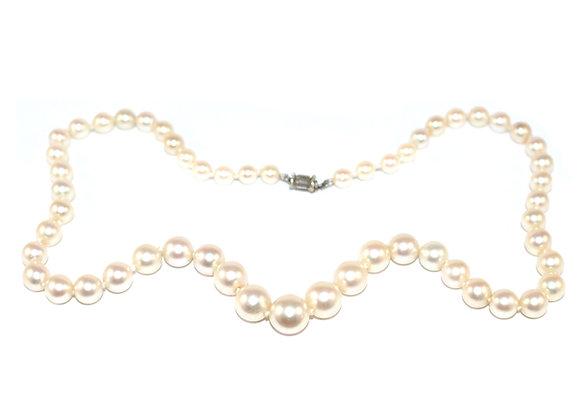 Graduated Pearls Art Deco Baguette Diamond Clasp c.1930