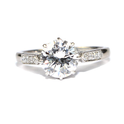 Art Deco 1.50 Carat Diamond Engagement Ring