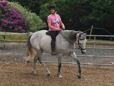 Beccy riding ex-racehorse Turtle bareback and barefoot