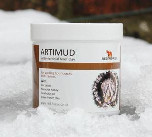 Artimud for lasting antibicrobial hoof support