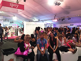 crowd at ipsy LA
