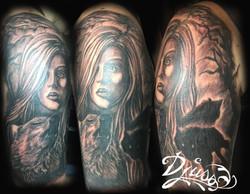 Modele de tatouage femme loup bras