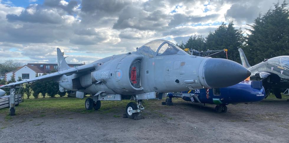 Sea Harrier ZH811.jpg
