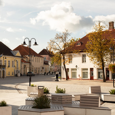 KURESSAARE CENTRAL SQUARE
