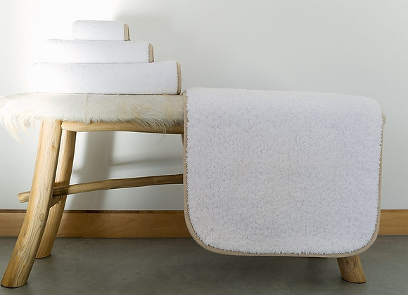 GRACCIOZA CONTOUR BATH TOWELS