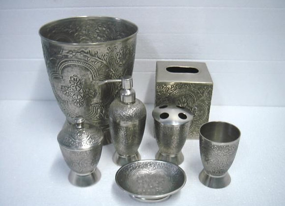 ST. PIERRE CANTERBURY ANTIQUE BATHROOM SET