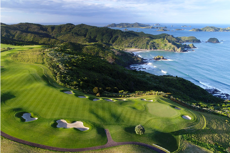 GOLF AT KAURI CLIFFS