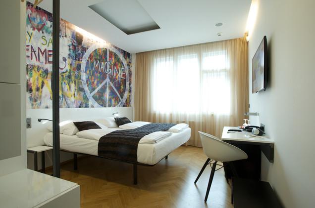 MOSAIC HOUSE HOTEL