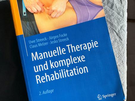 Buchreview: Manuelle Therapie und komplexe Rehabilitation