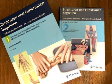 """Buchreview: """"Strukturen und Funktionen begreifen"""" von Jutta Hochschild"""