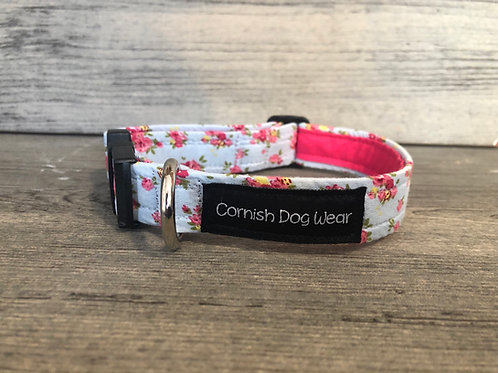 Vintage Flowers On Blue Dog Collar