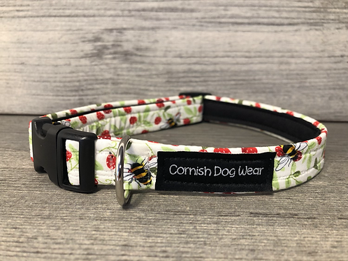 Bees and Strawberry's in Spring Dog Collar
