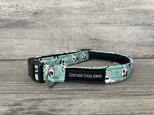 Cows on Turquoise dog collar